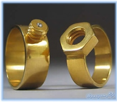 Какие подарки дарить на бронзовую свадьбу «молодоженам»