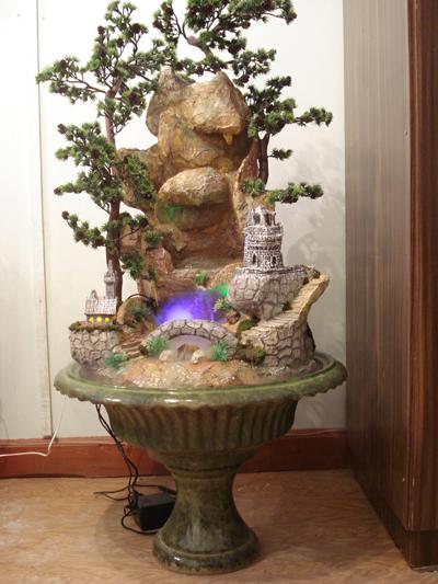 напольный фонтан