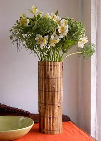 ваза из бамбука