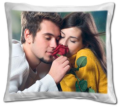 подушка с фотографией любимой жены