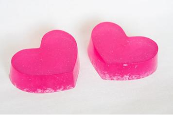 домашнее мыло в виде сердца