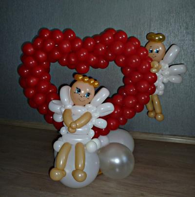 воздушные шары в виде сердца с ангелами