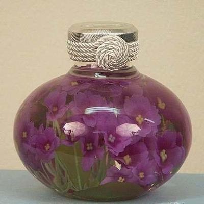 вечный букет в стеклянной вазе