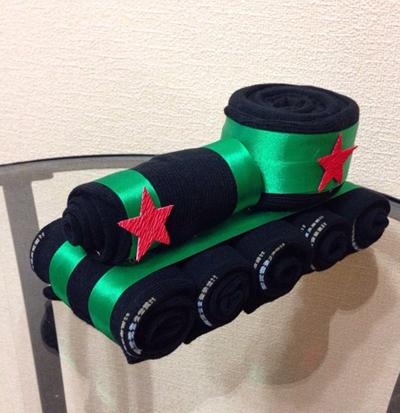носки в виде танка