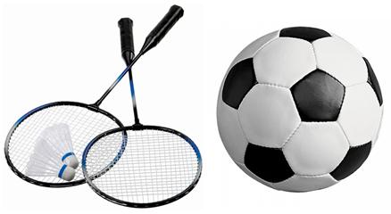 футбольный мяч и тенисные ракетки