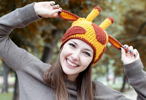 шапка в виде жирафика